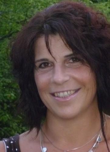 <p><b><u>Übungsleiterin</u></b><br>Ingrid Gmelch<br>08423/987485<br>Zumba2@Djk-Titting.de</p>