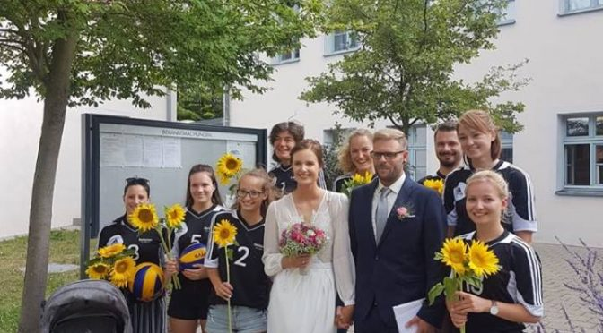 Bei den Volleyball Damen I läuten die Hochzeitsglocken!!!